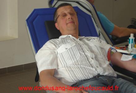 comment donner son sang la rochefoucauld en charente avec l 39 amicale des donneurs de sang. Black Bedroom Furniture Sets. Home Design Ideas